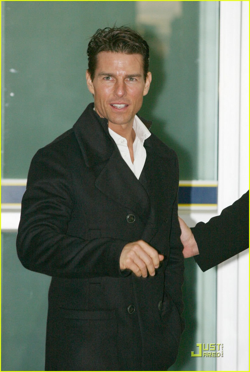 tom cruise seoul south korea 01