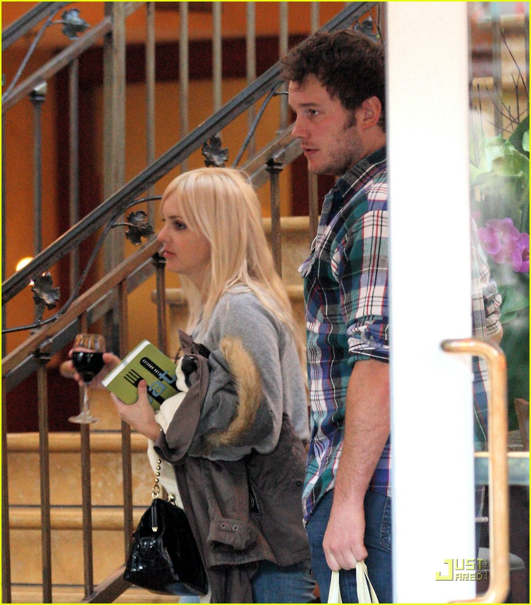 anna faris chris pratt couple 09