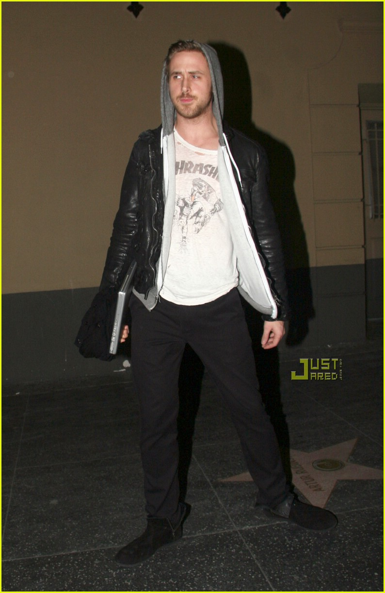 ryan gosling thrasher tshirt 02