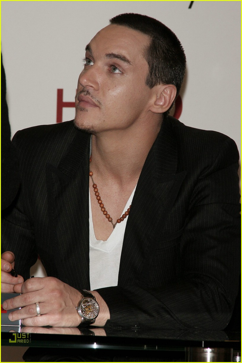 jonathan rhys meyers hugo boss 16