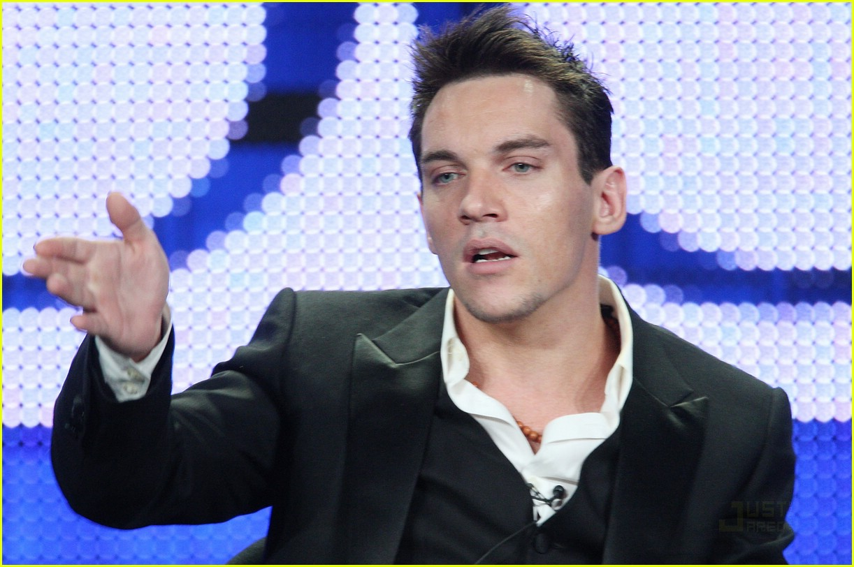 jonathan rhys meyers showtime tcas 08
