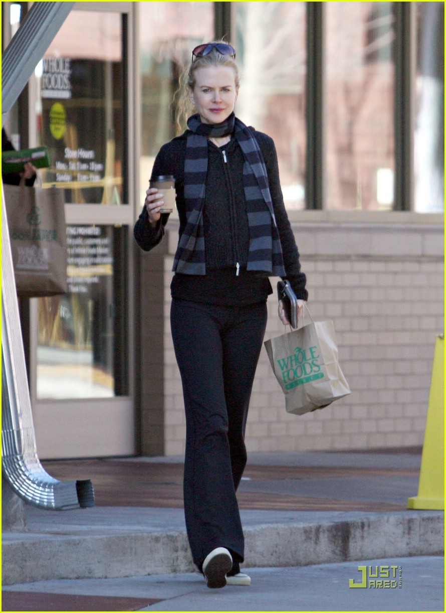 nicole kidman new year yoga 12