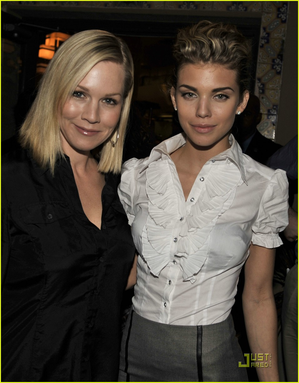annalynne mccord shenae grimes party 011652111