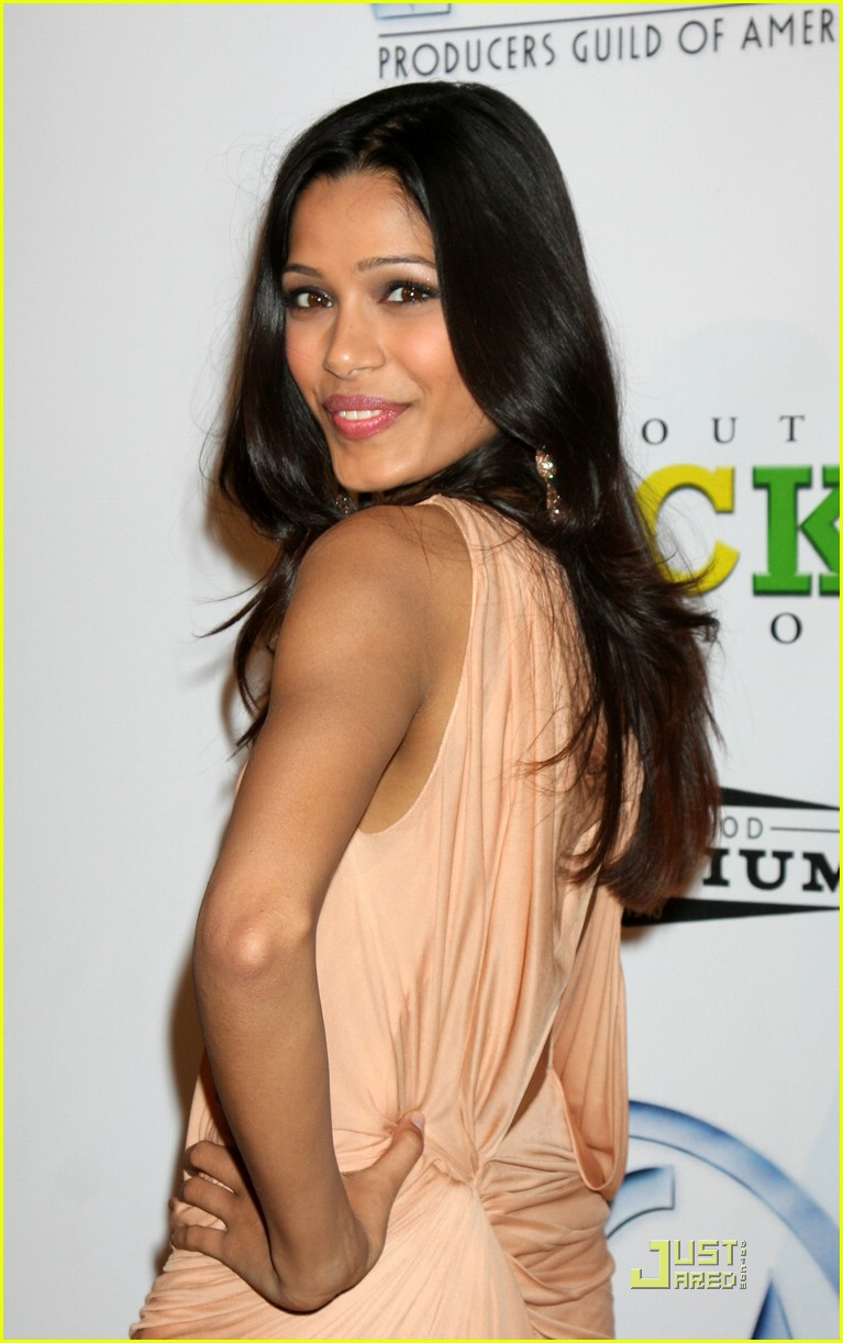 freida pinto producers guild awards 02