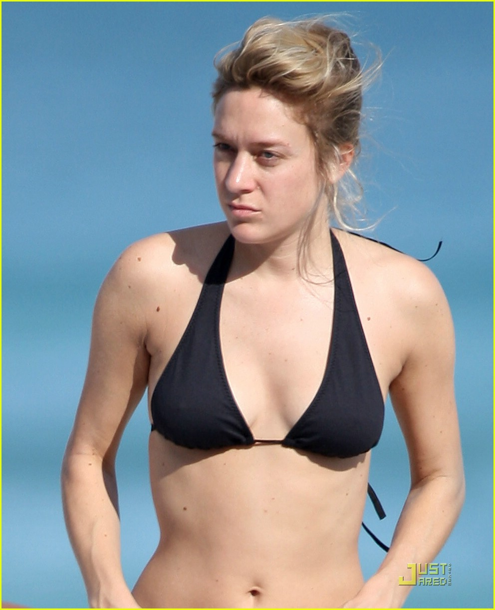 chloe sevigny bikini 05