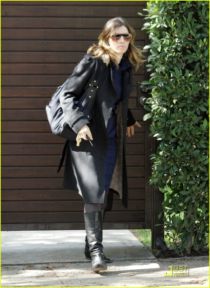 jessica biel west hollywood 02