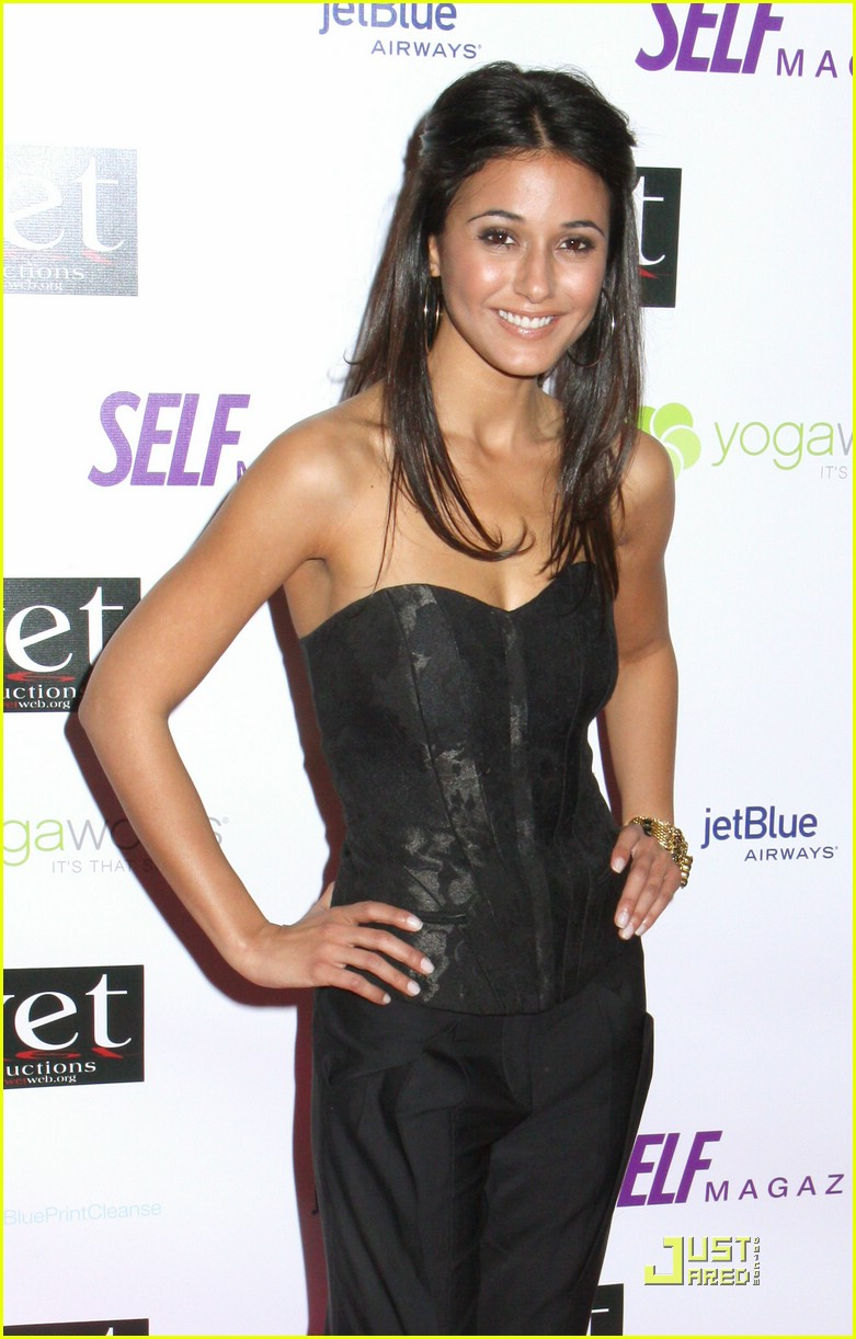 emmanuelle chriqui love benefit 05