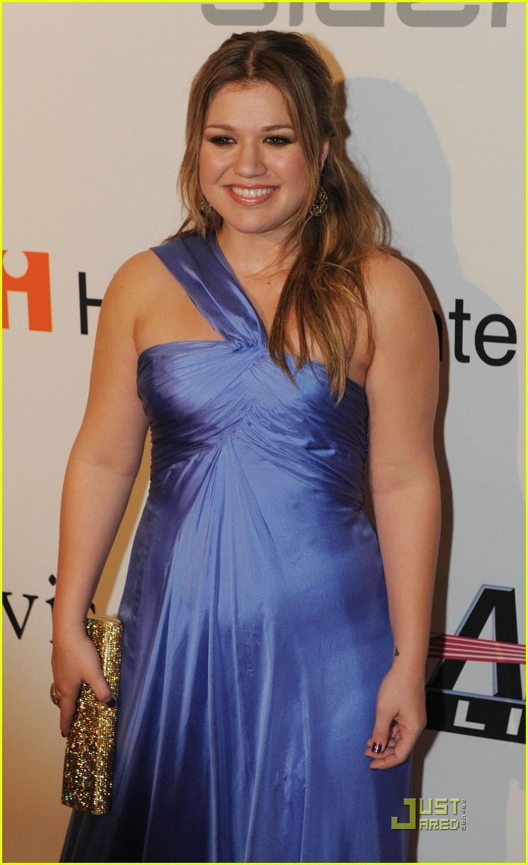 kelly clarkson clive davis salute 061709681