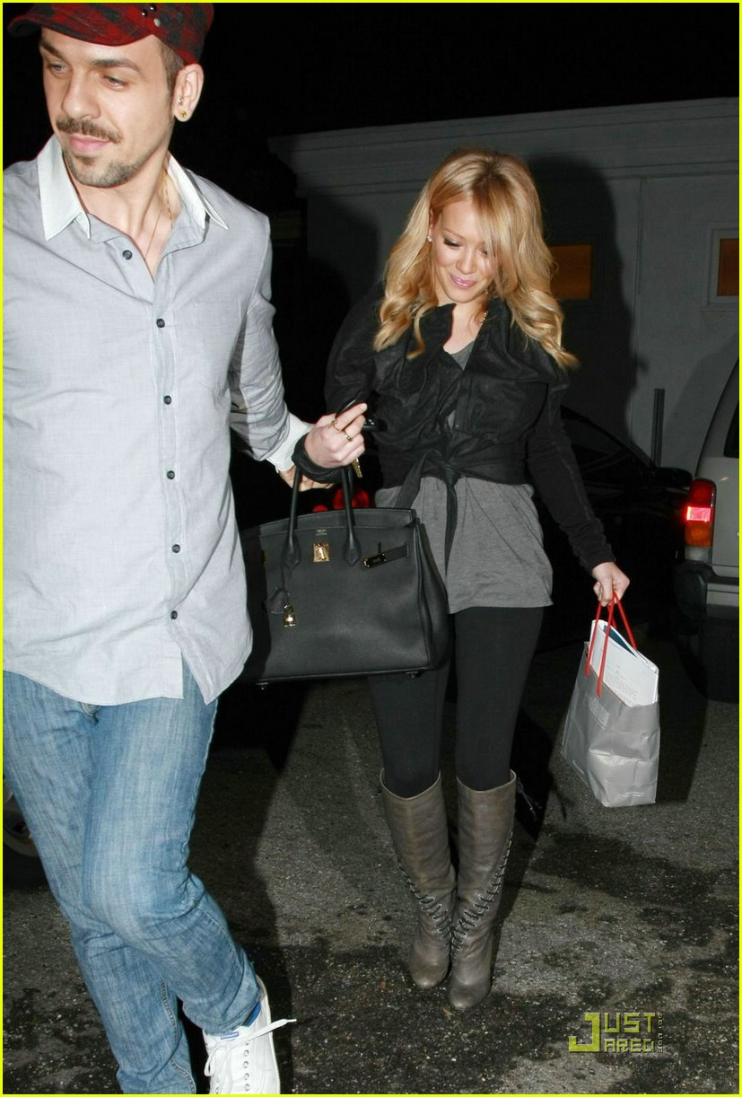 hilary duff byron and tracey salon 01