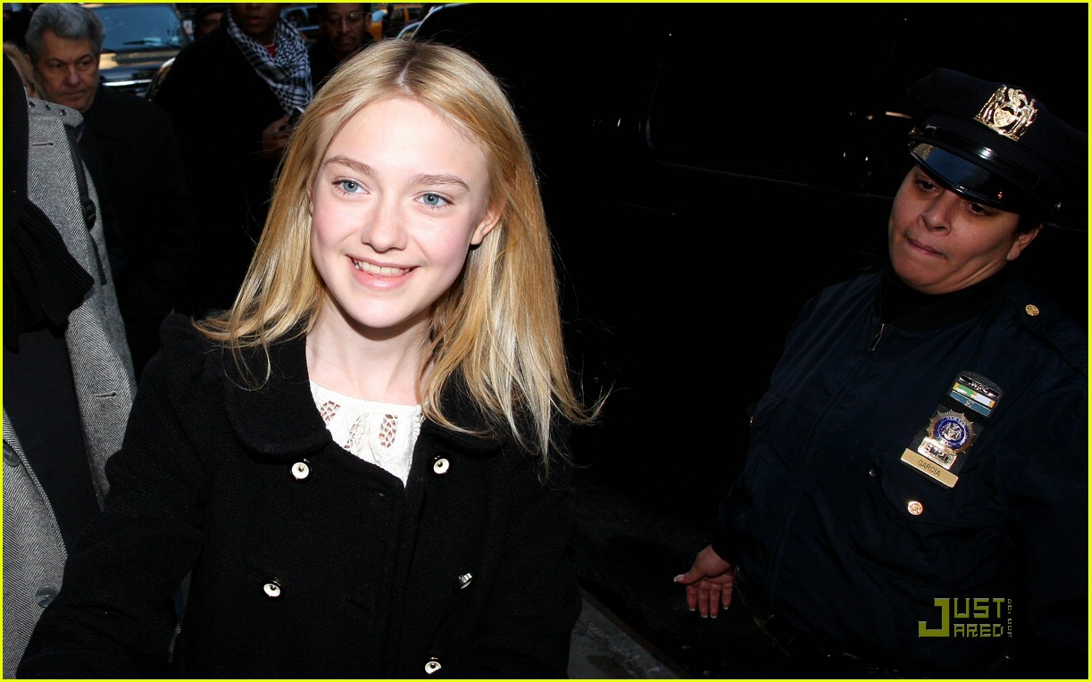 dakota fanning good morning america 08
