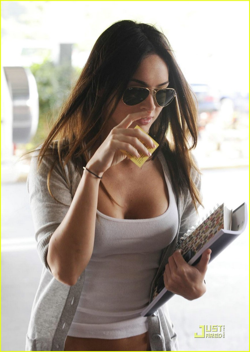 megan fox smoke house 03
