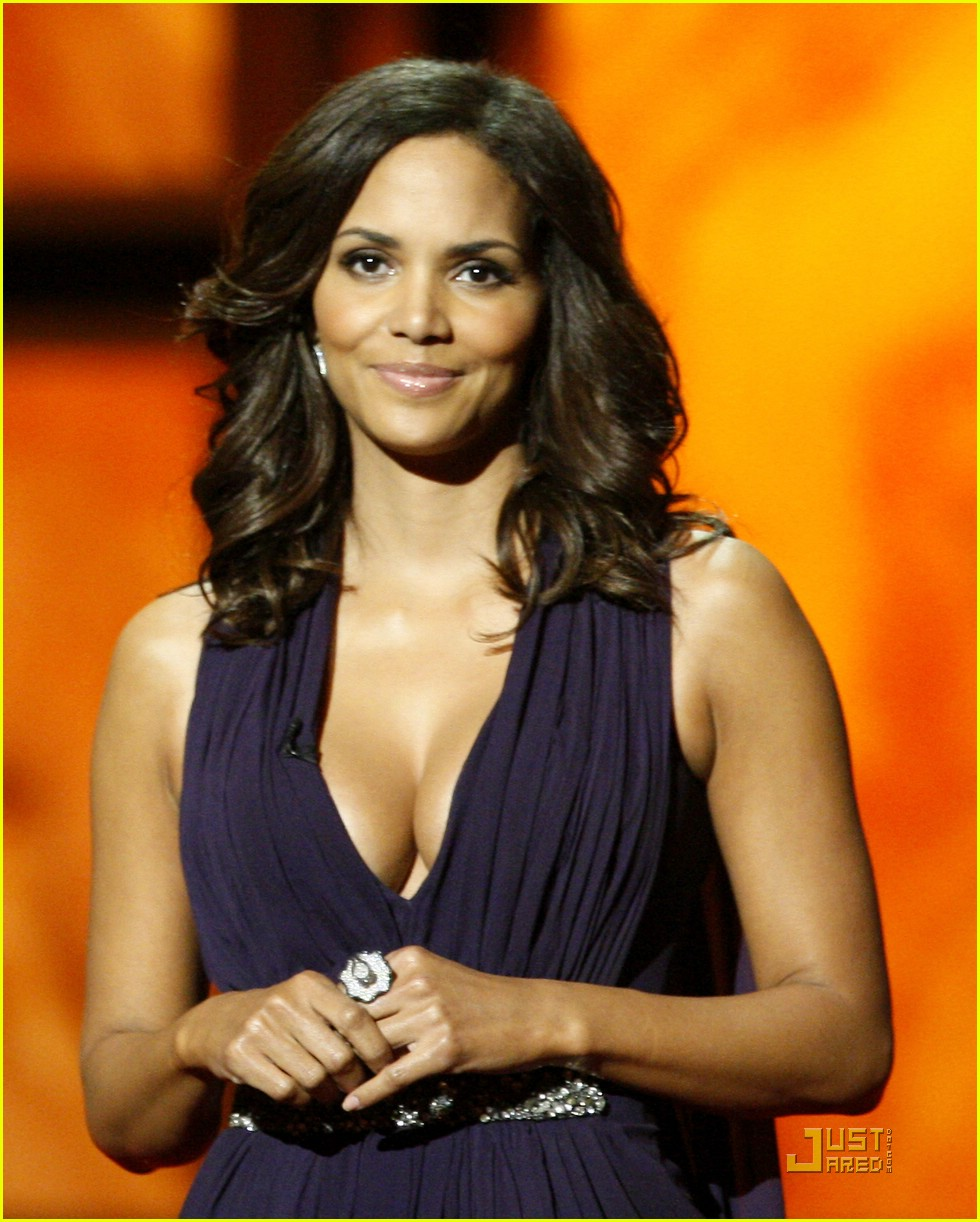 halle berry 2009 naacp 04