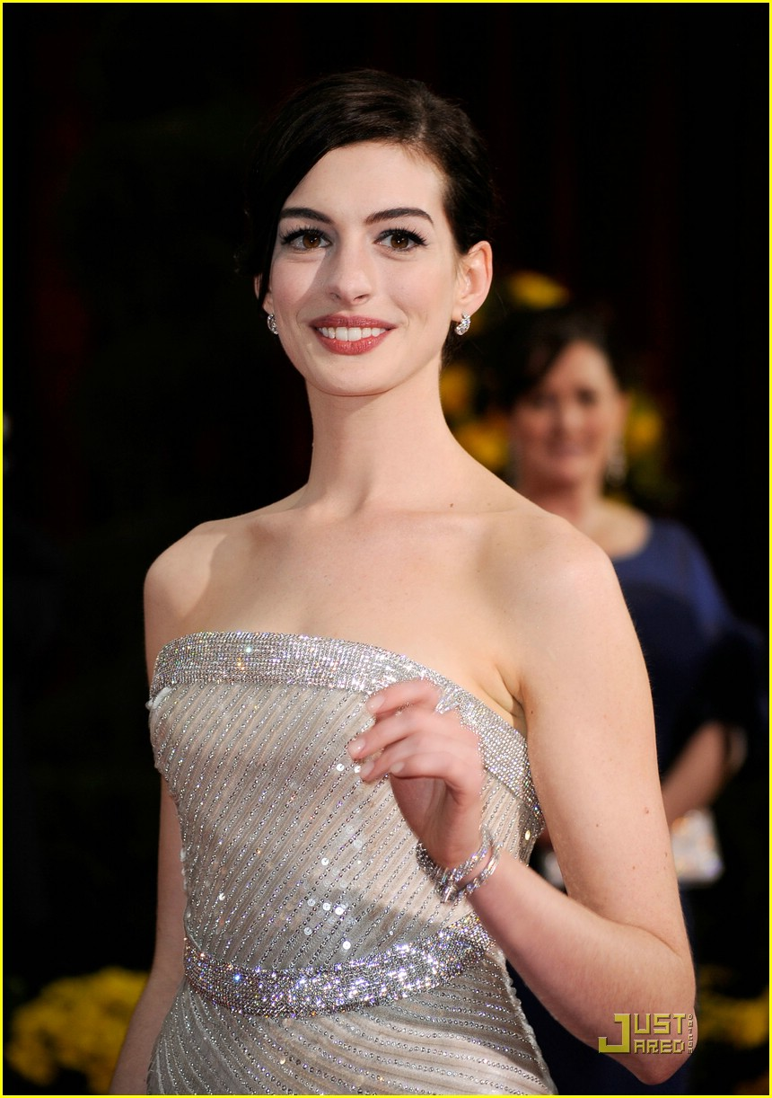 anne hathaway 2009 oscars 03