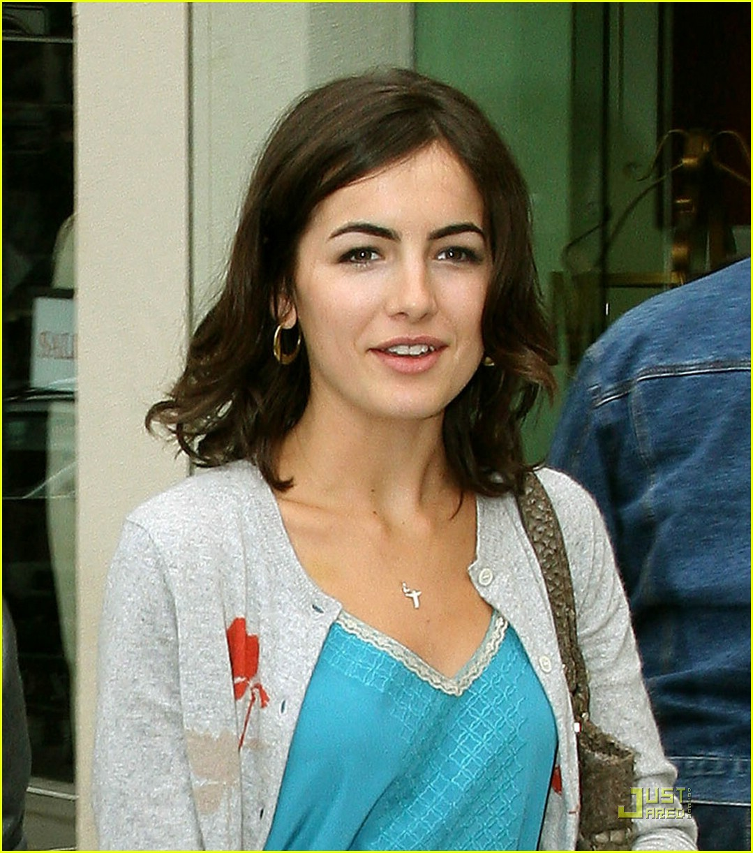 joe jonas camilla belle larchmont lovers 01