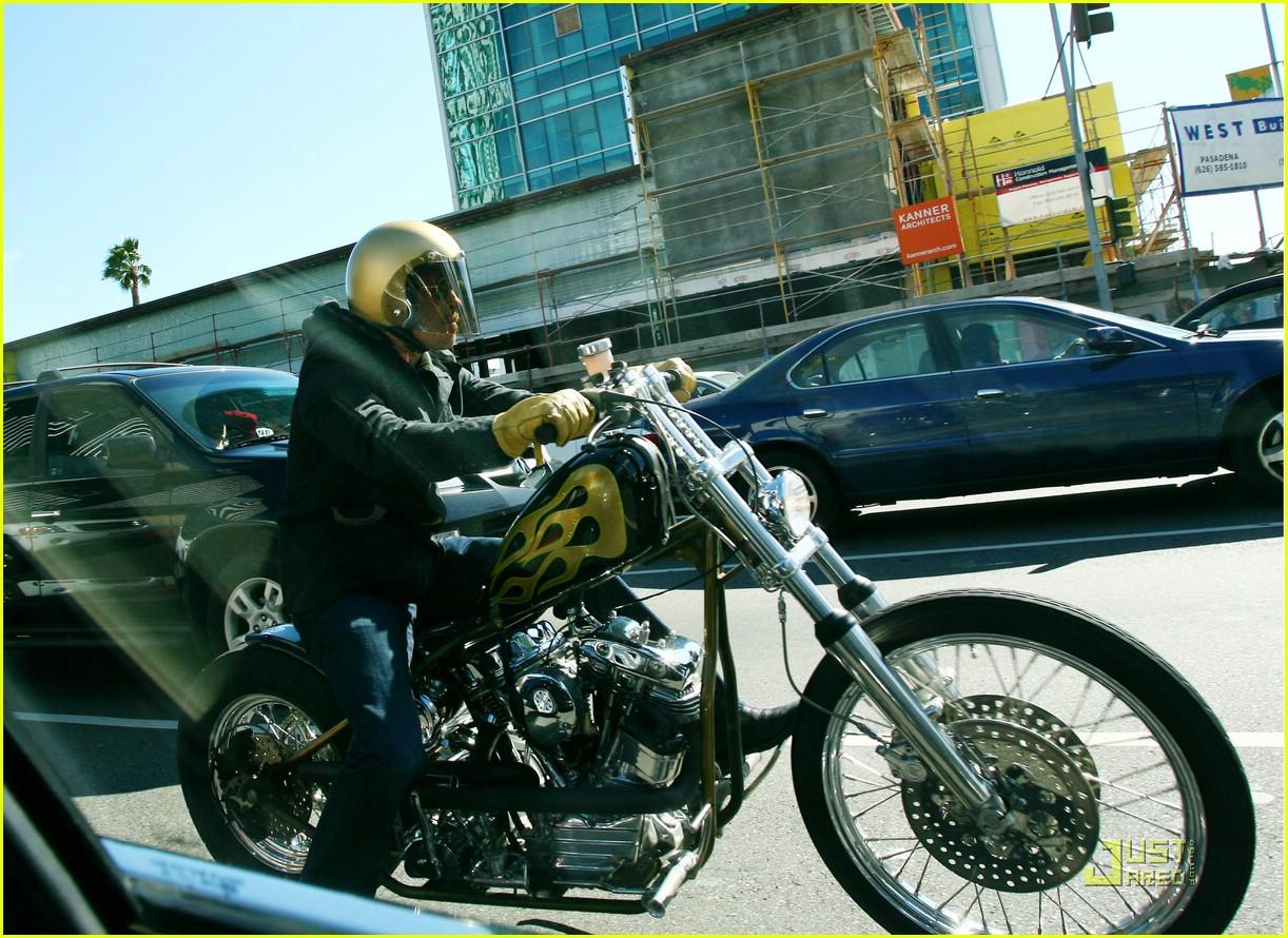 brad pitt motorcycle madness 021724621