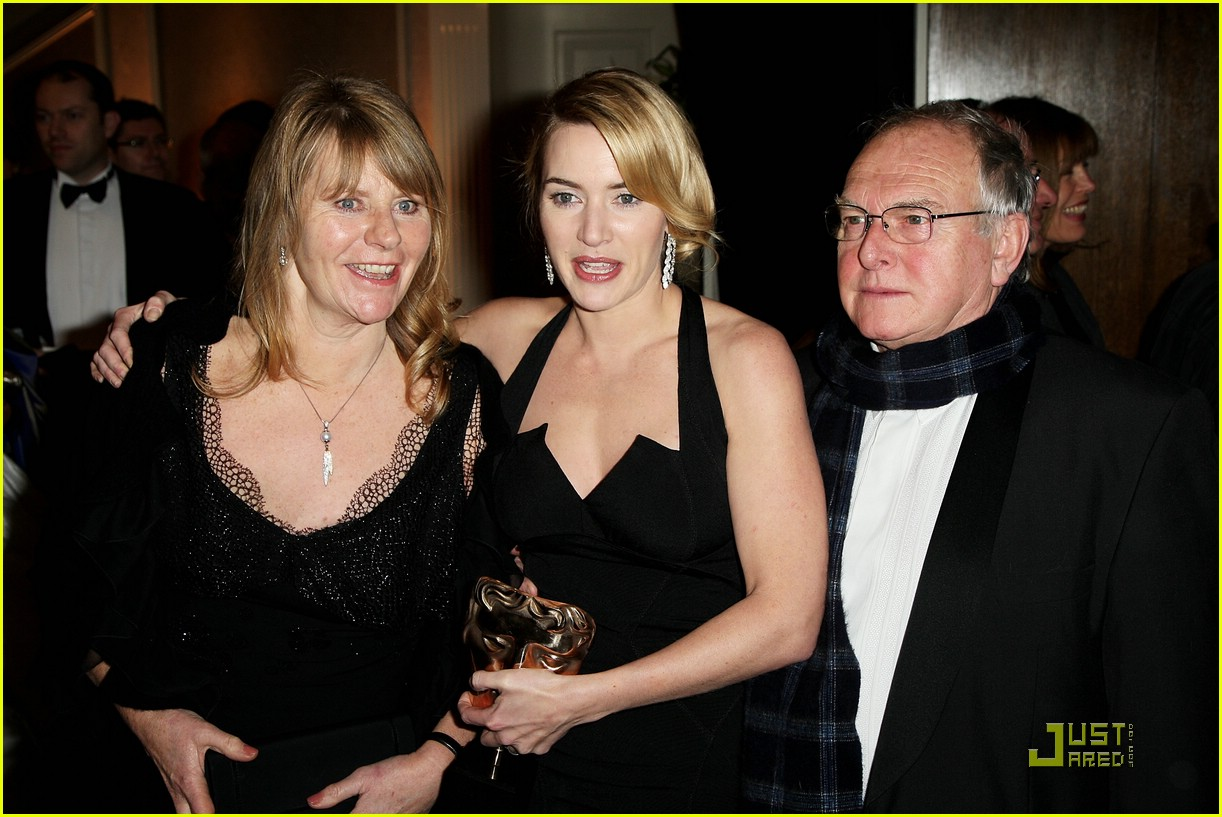 kate winslet bafta awards 44