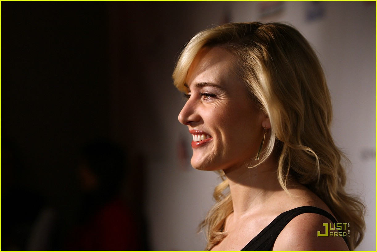 kate winslet honoring the irish 15