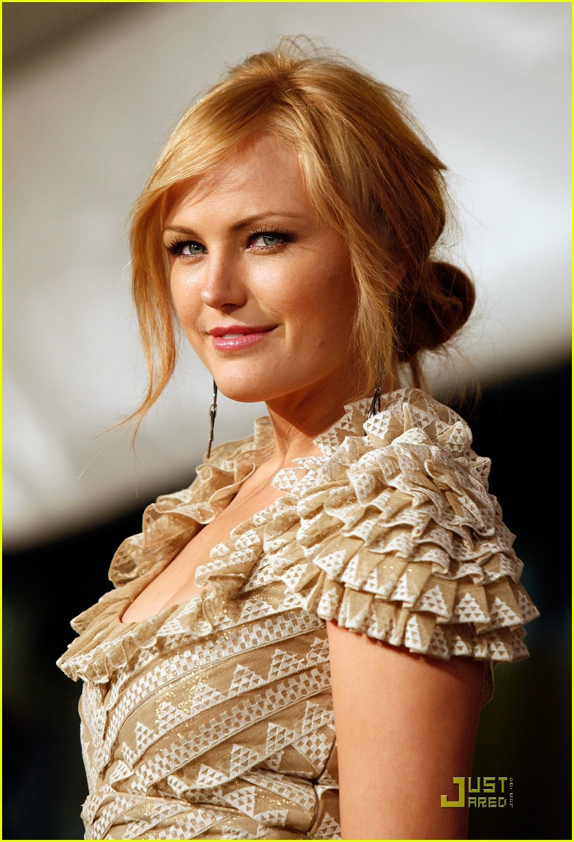 malin akerman watchmen premiere 031764651