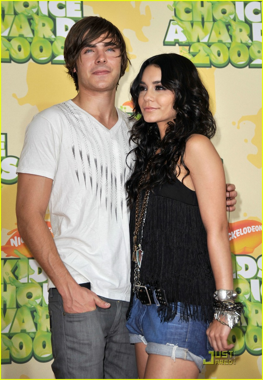zac efron vanessa hudgens 2009 kids choice awards 15