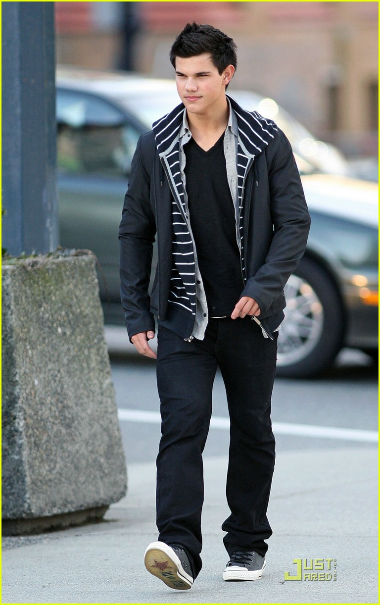 taylor lautner downtown dude 06