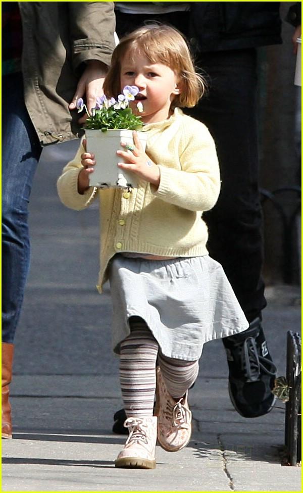 matilda ledger flower girl 06