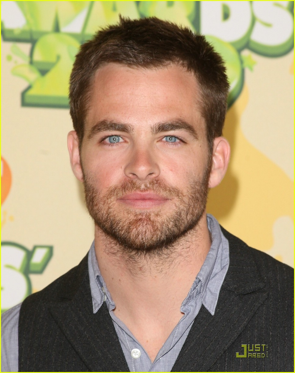 chris pine nickelodeon kids choice awards 051821521