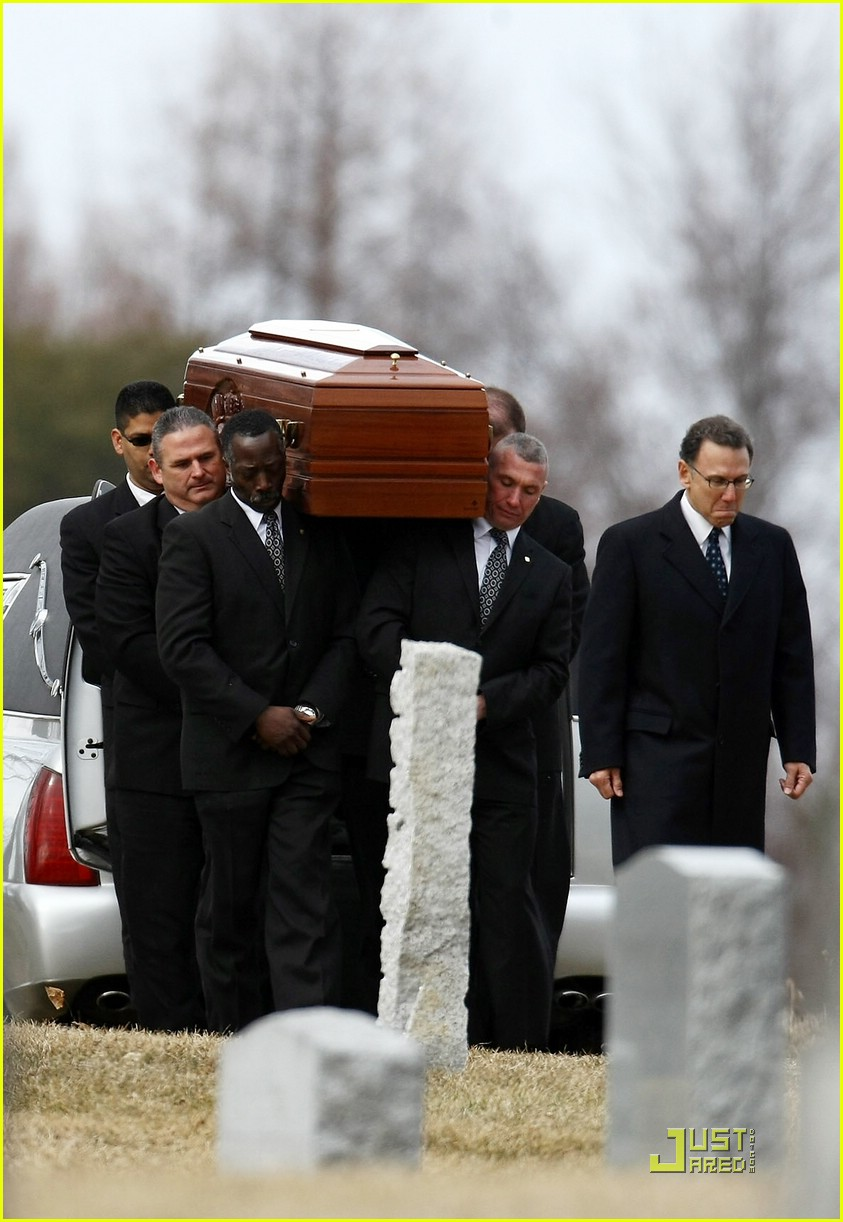 liam neeson natasha richardson funeral 36