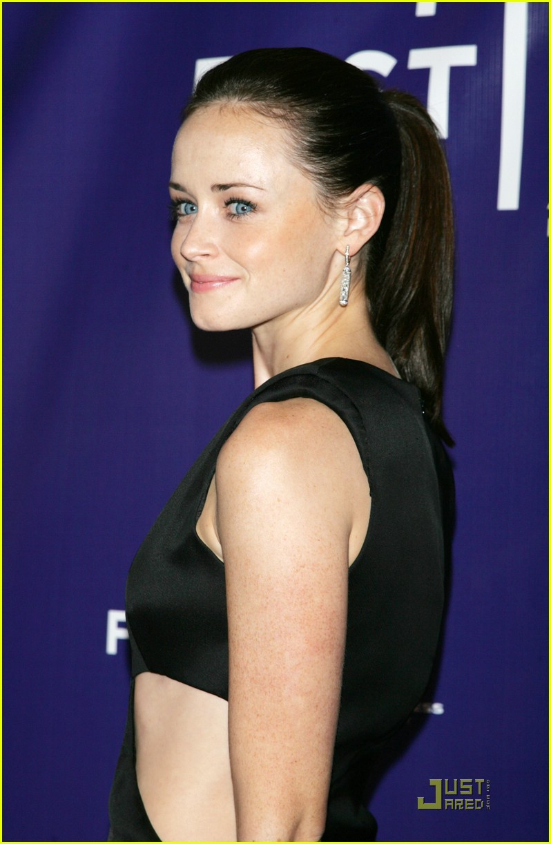 alexis bledel cut out acting 051881691