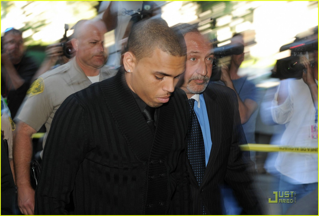 chris brown pleads not guilty 06