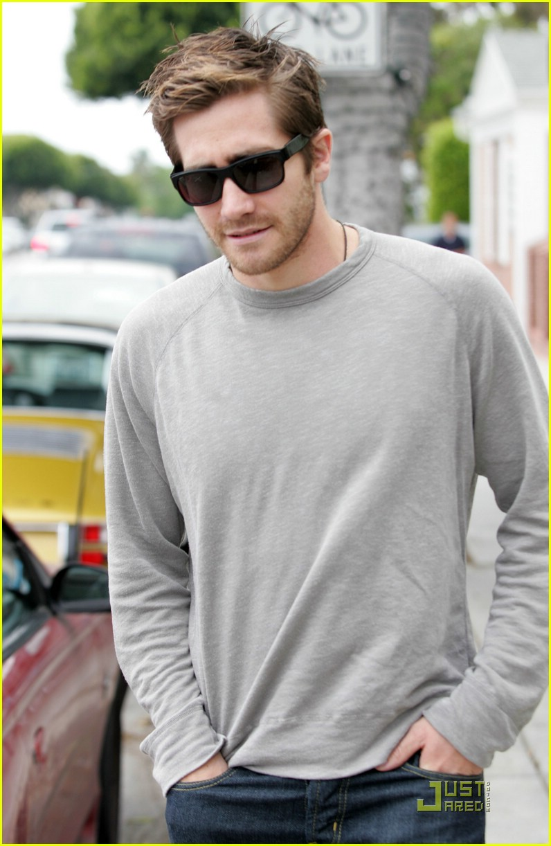 jake gyllenhaal stephen gaghan cafe luxxe 07