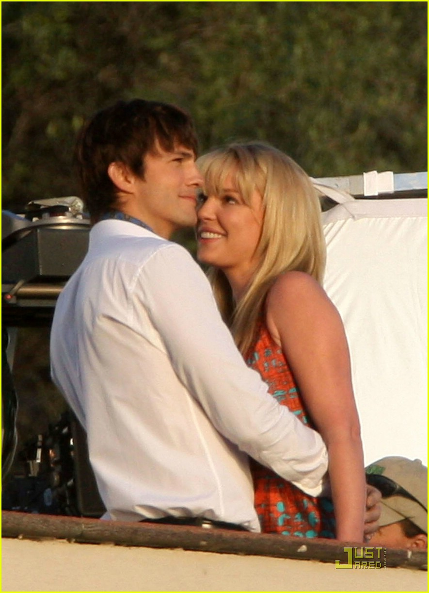 katherine heigl ashton kutcher aplusk kiss 01