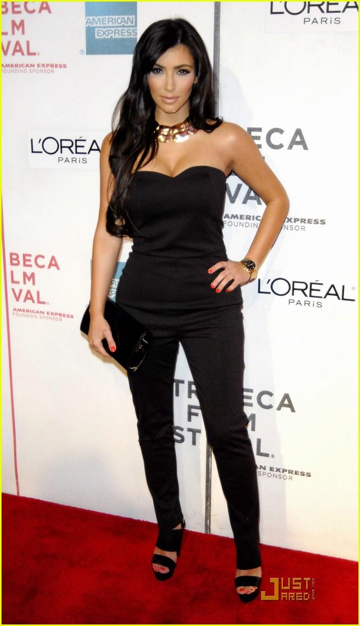 kim kardashian back black 03