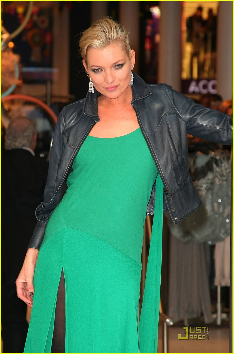 kate moss shops topshop 06