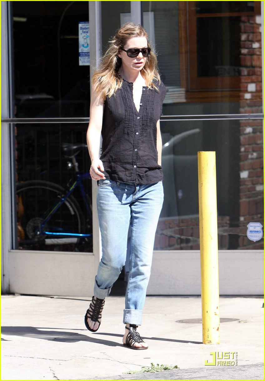 ellen pompeo tail washers 111866231