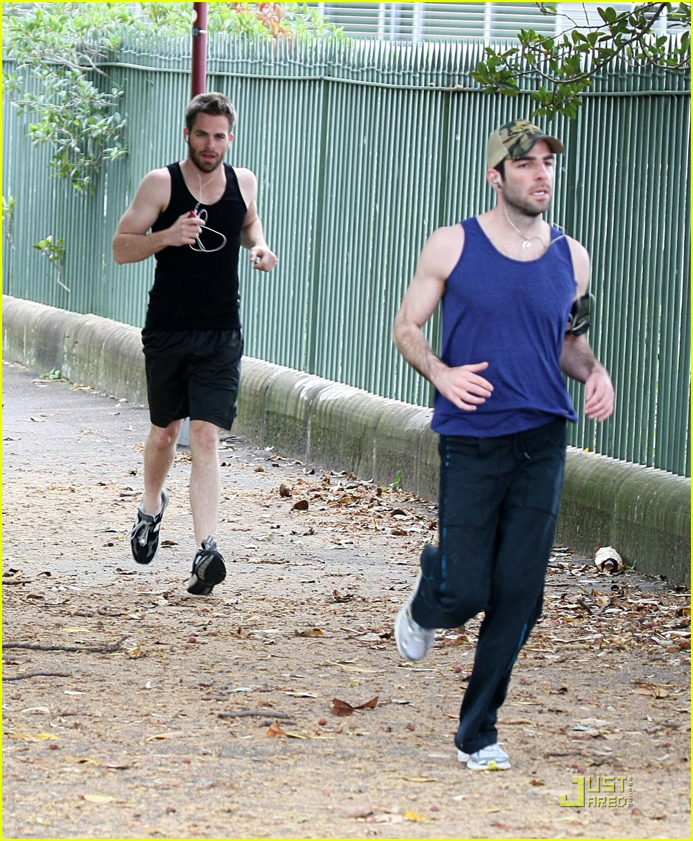 chris pine zachary quinto running 03