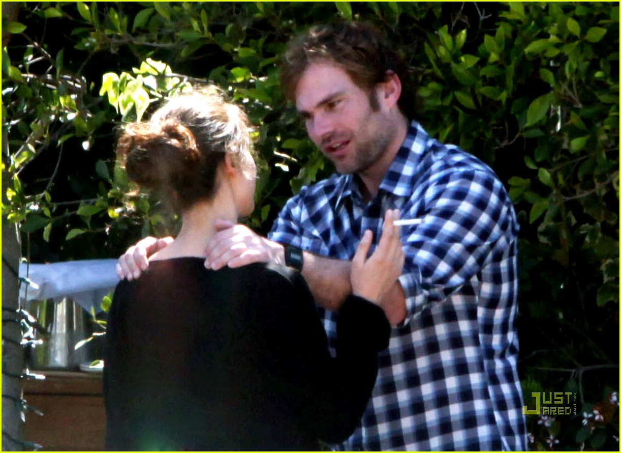 seann william scott smoking 21