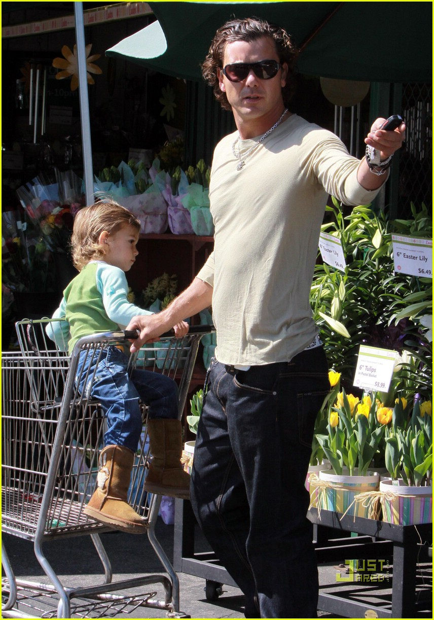 gwen stefani whole foods gavin rossdale 151848681