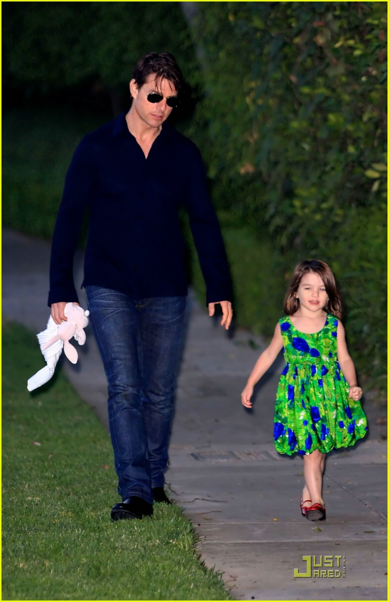 suri cruise runaway rapid 16