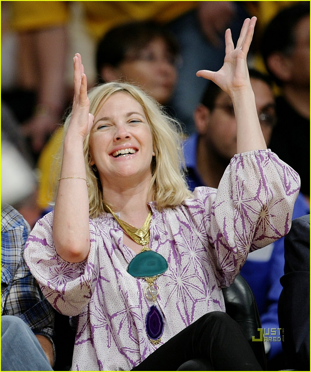 drew barrymore lakers game 09