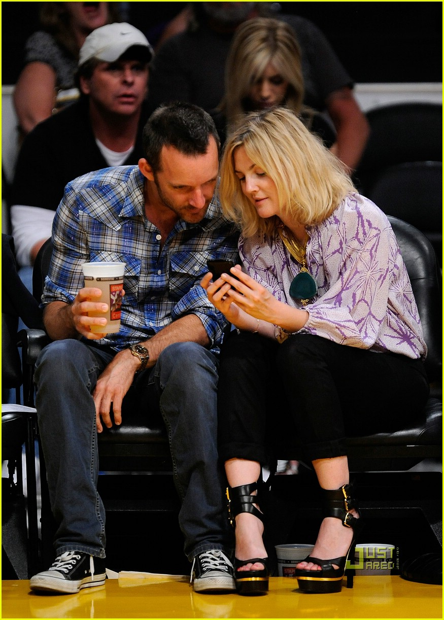 drew barrymore lakers game 10