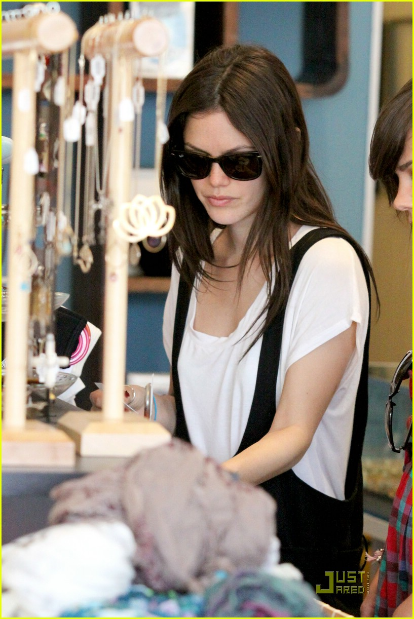 rachel bilson jumper joy 07