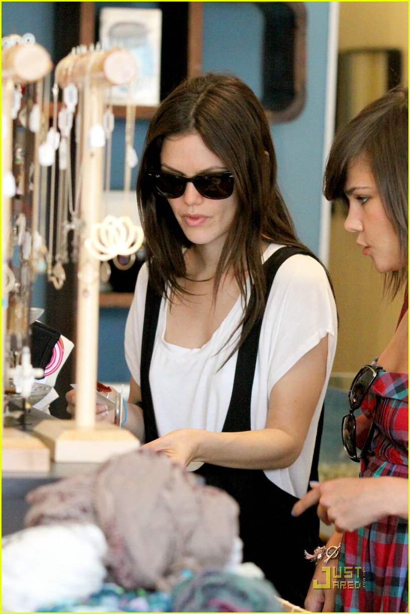rachel bilson jumper joy 17