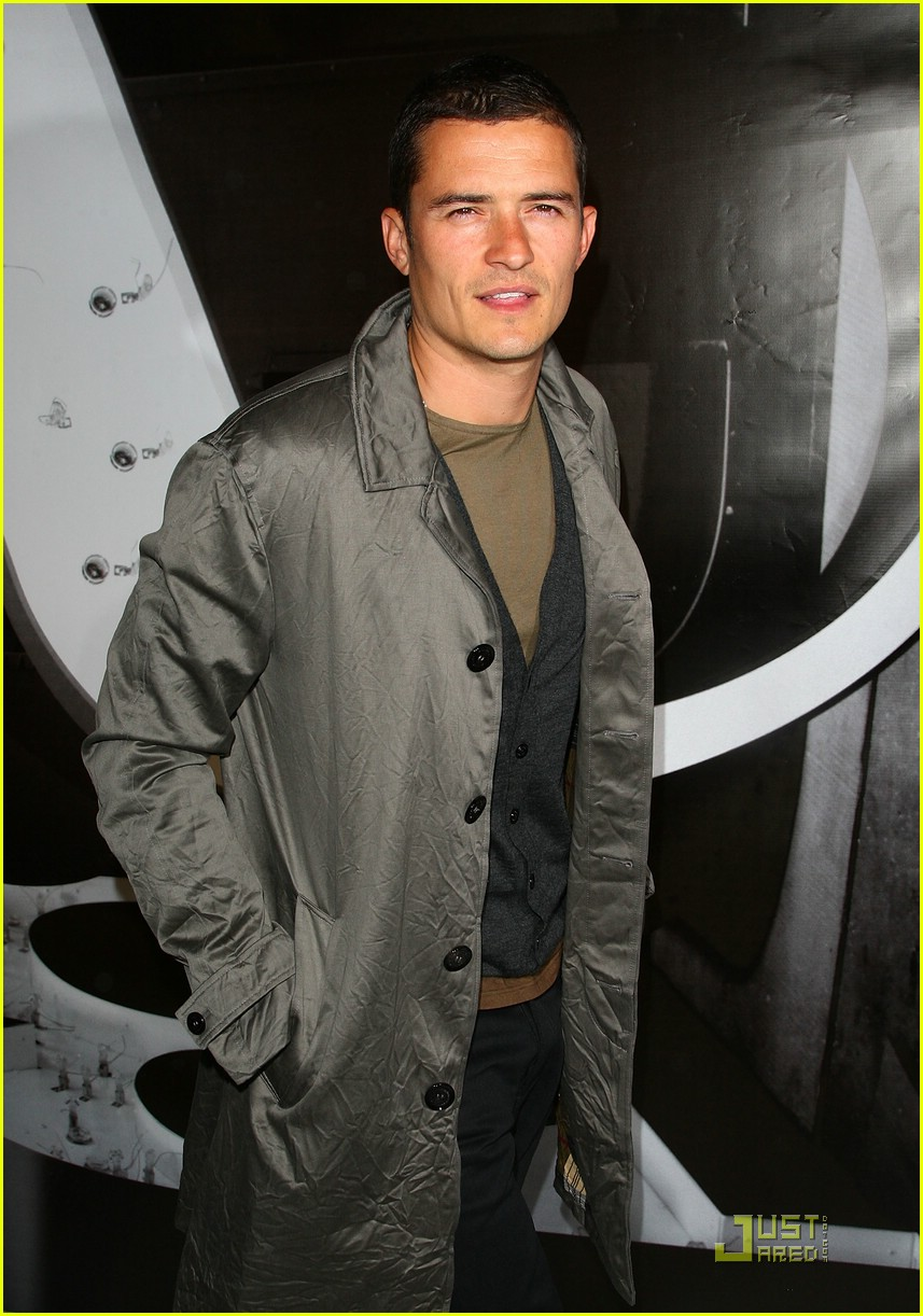 orlando bloom burberry day 10
