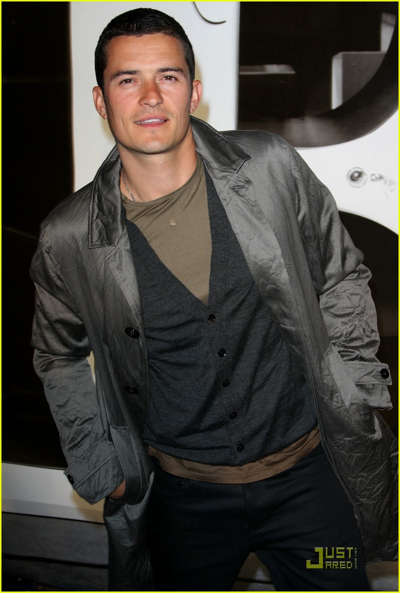 orlando bloom burberry day 21