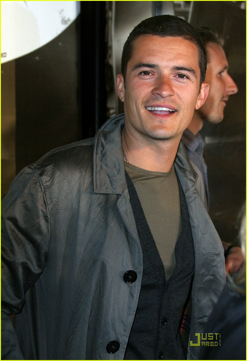 orlando bloom burberry day 23