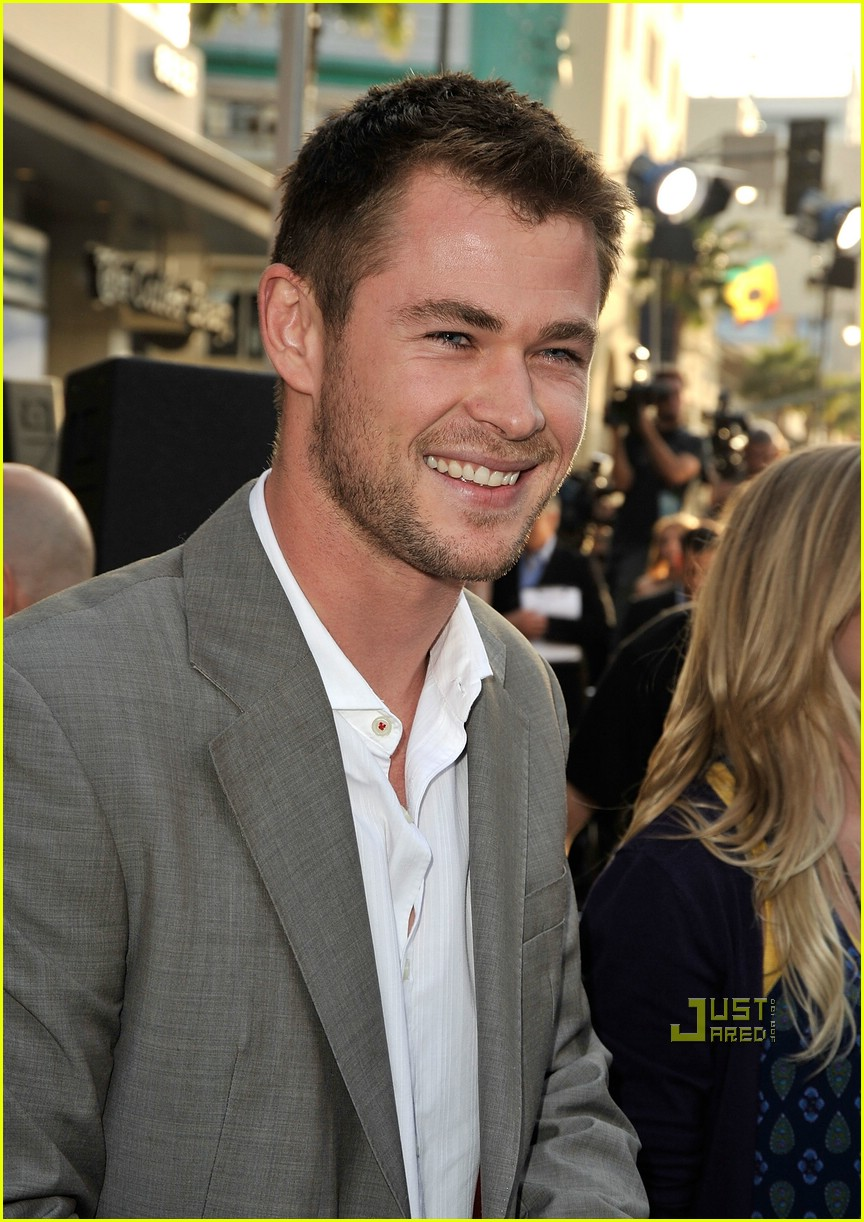 chris hemsworth thor 03
