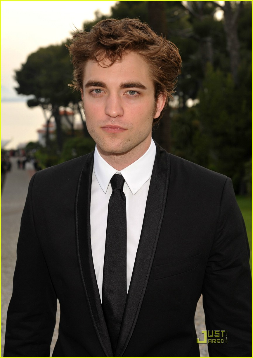 robert pattinson amfar 03