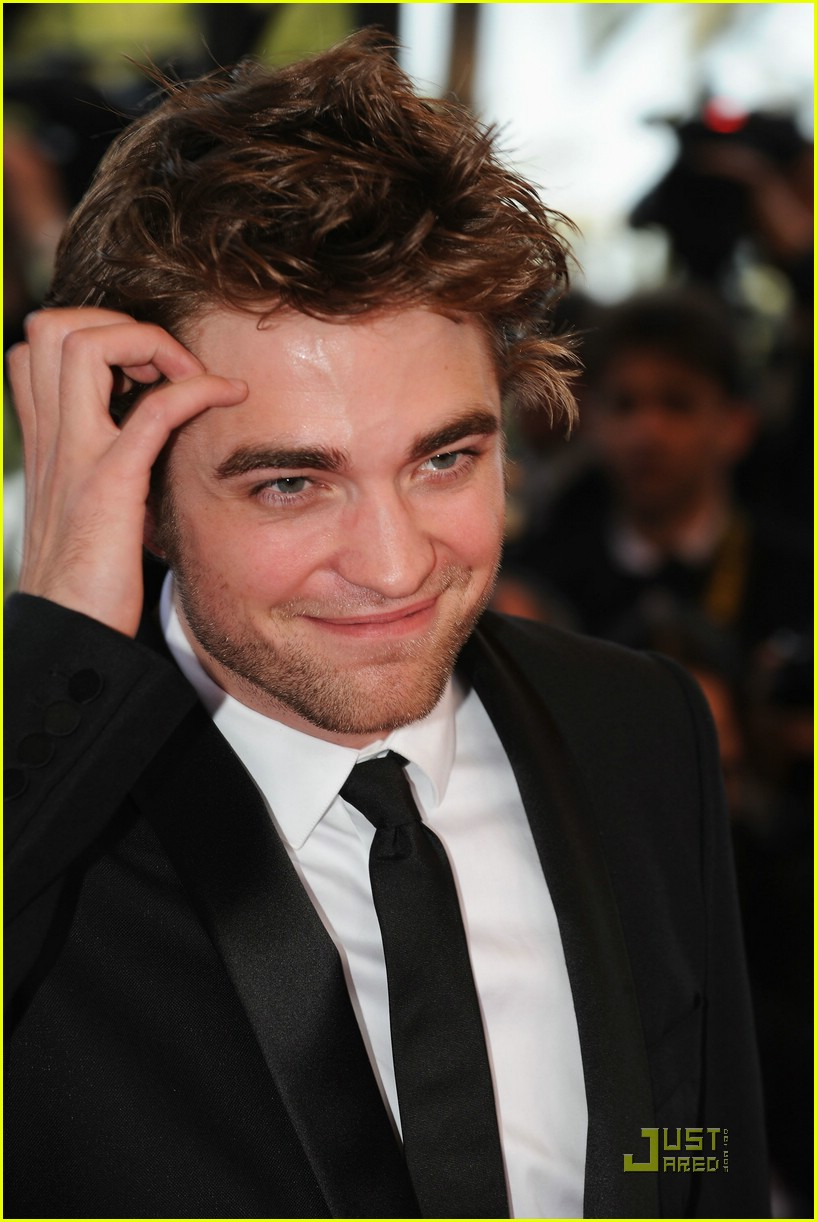 robert pattinson inglorious basterds premiere 01