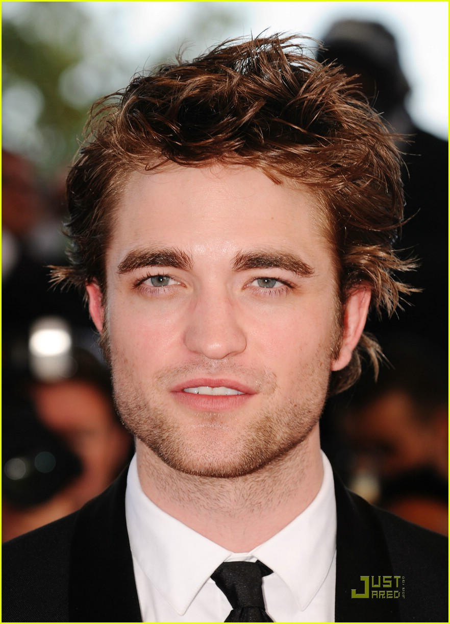 robert pattinson inglorious basterds premiere 031936321