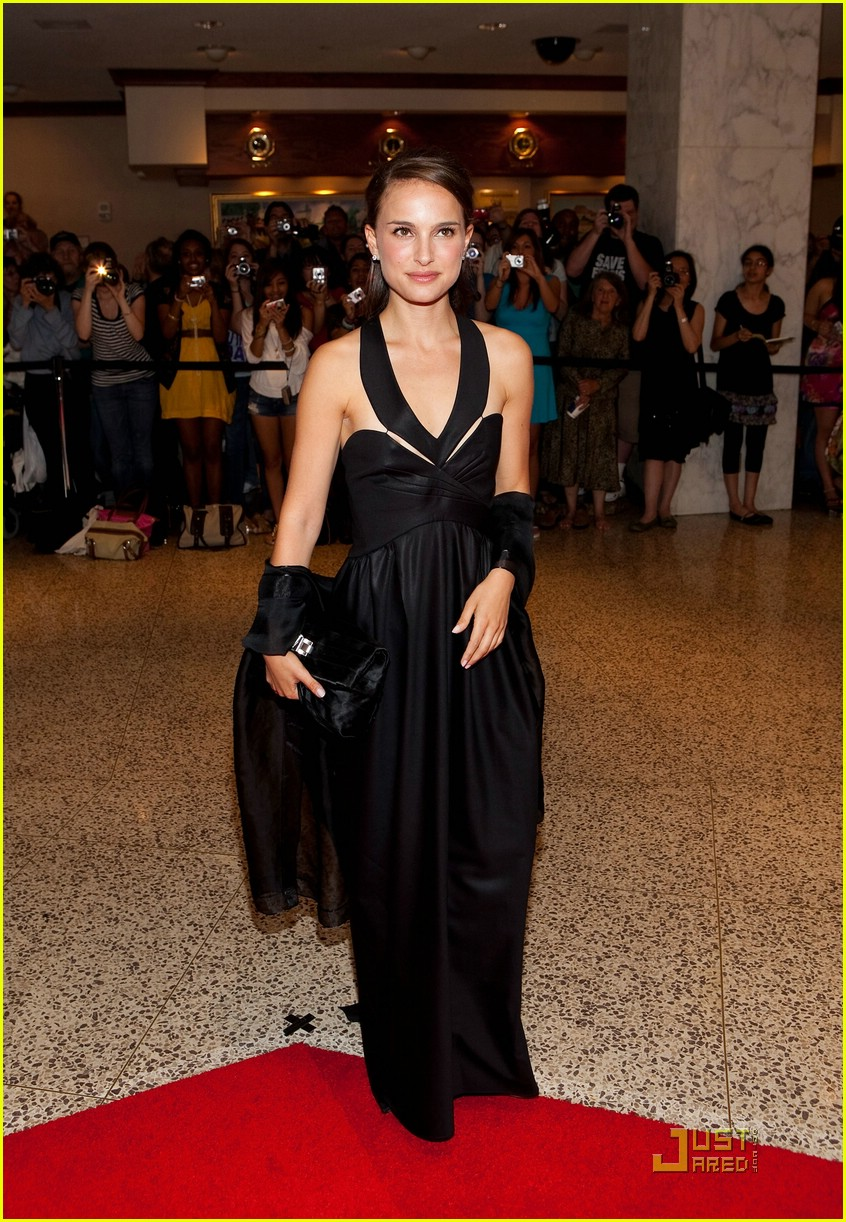 natalie portman white house correspondents dinner 02